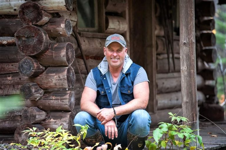 Gord at an old trappers cabin photo by Kaija Kolehmainen